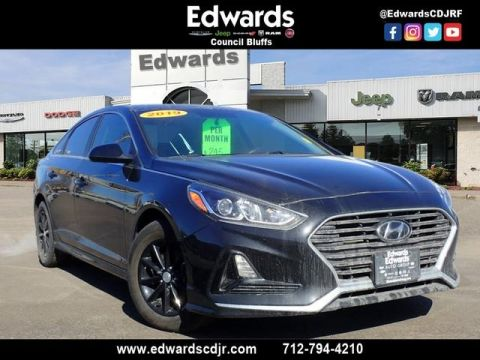 Pre-Owned 2019 Hyundai Sonata SE FWD 4D Sedan